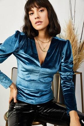 Olalook Kadın Petrol Mavisi Kol Detaylı V Yaka Kadife Bluz BLZ-19001221