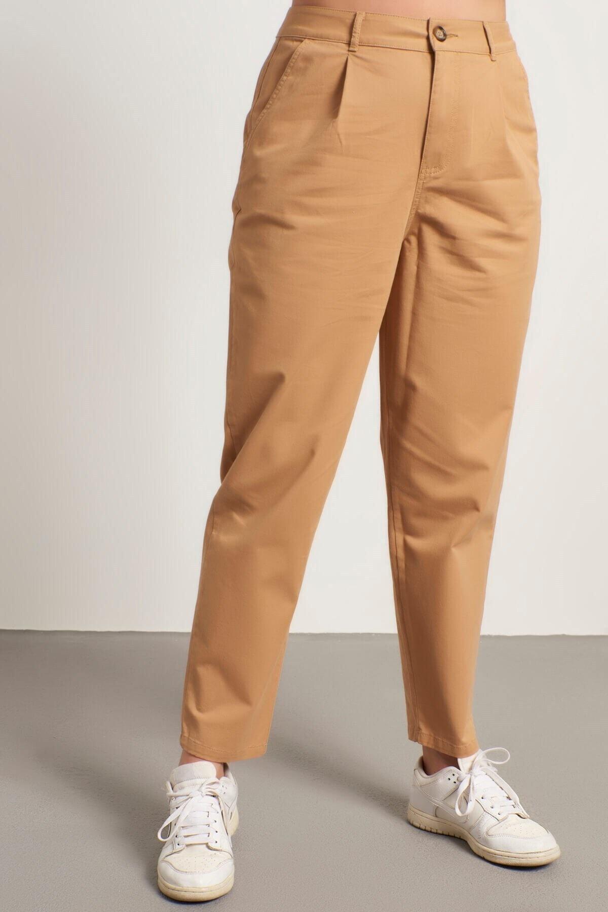 MYLİNE Kadın Bej Pileli Slouchy Pantolon 2