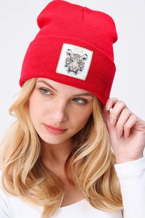 Trend Alaçatı Stili Kadın Kırmızı Tıger Nakışlı Bere ALC-A2059