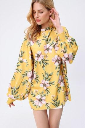 Trend Alaçatı Stili Kadın Sarı Digital Baskılı Oversize Sweatshırt MDA-1086
