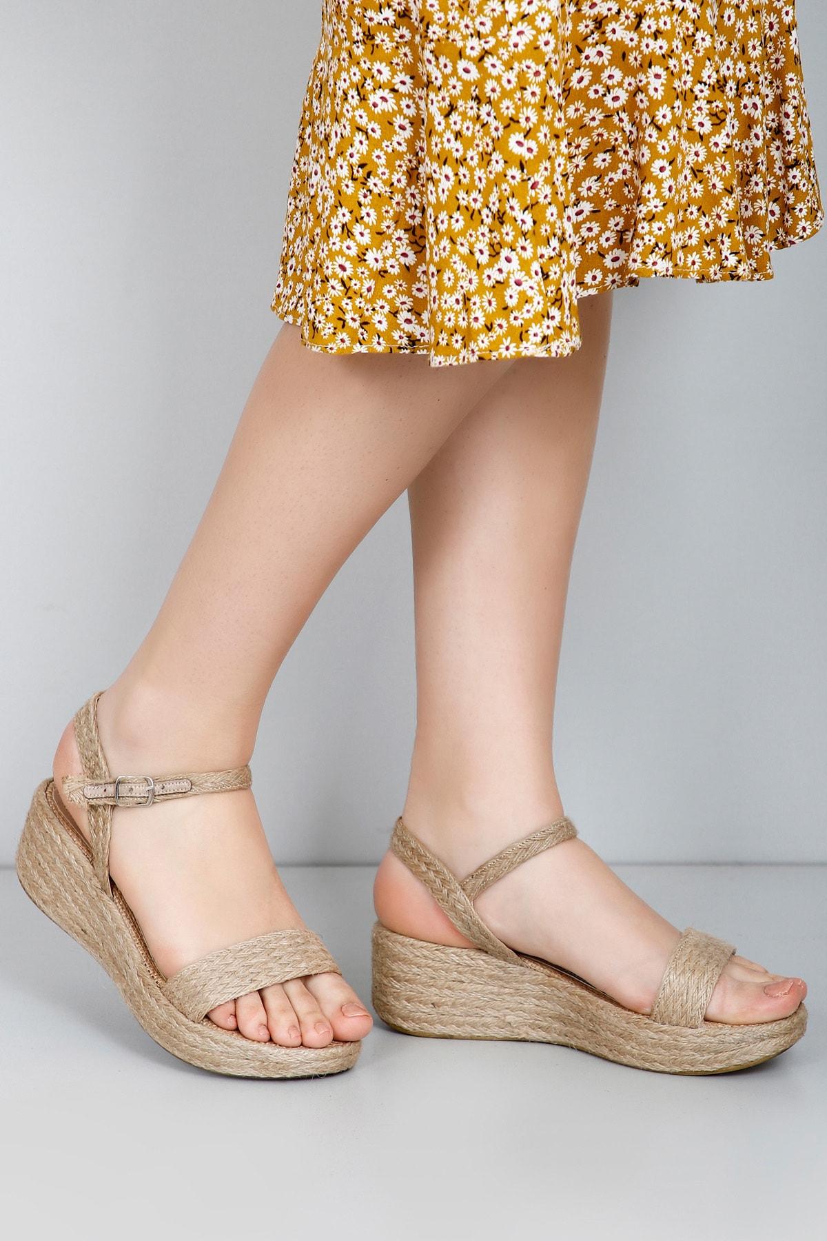 GÖNDERİ(R) Kadın Hasır Sandalet 35771 1