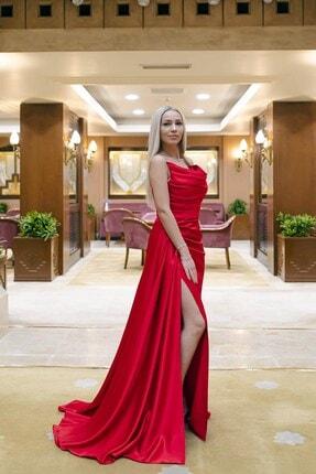 SpringStore Kadın Kırmızı Yırtmaçlı Saten Abiye