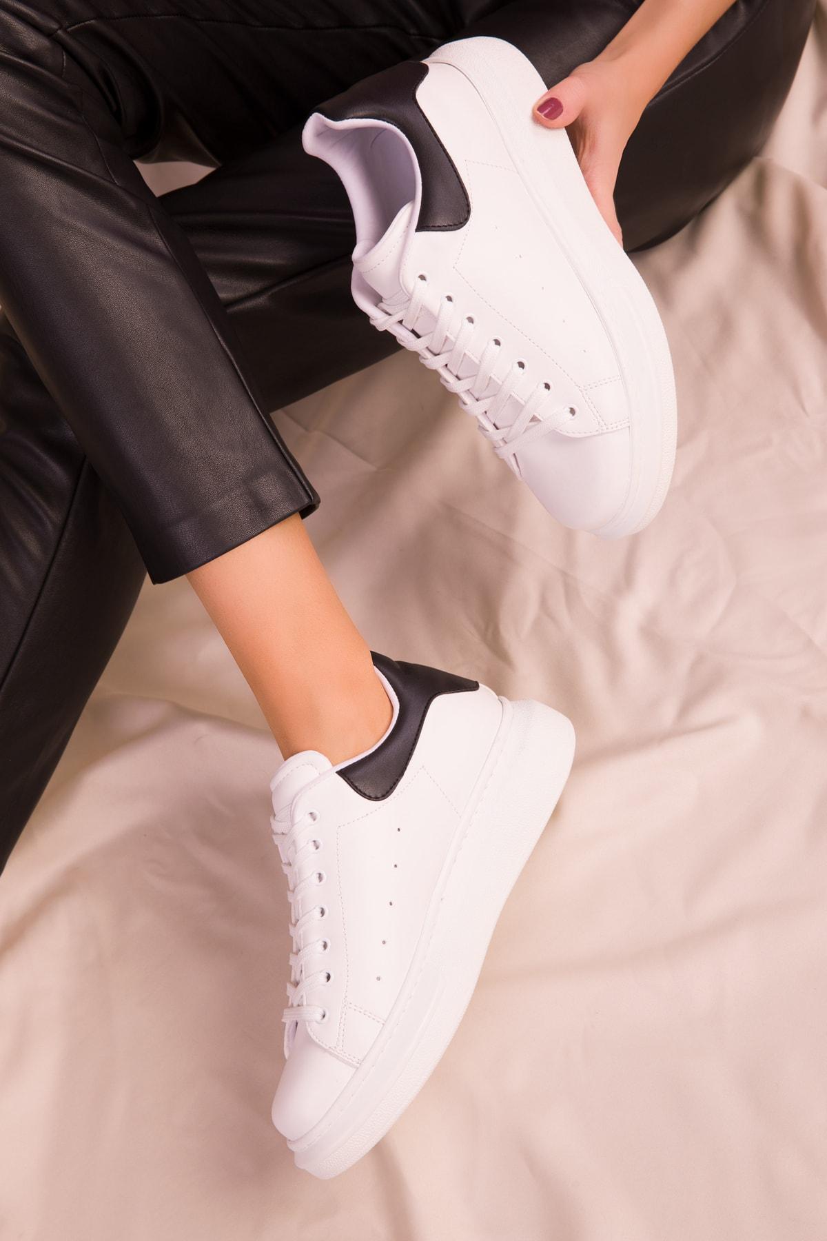SOHO Beyaz-Siyah Kadın Sneaker 15732 1