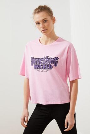 TRENDYOLMİLLA Pembe Loose Baskılı Örme T-Shirt TWOSS21TS1825