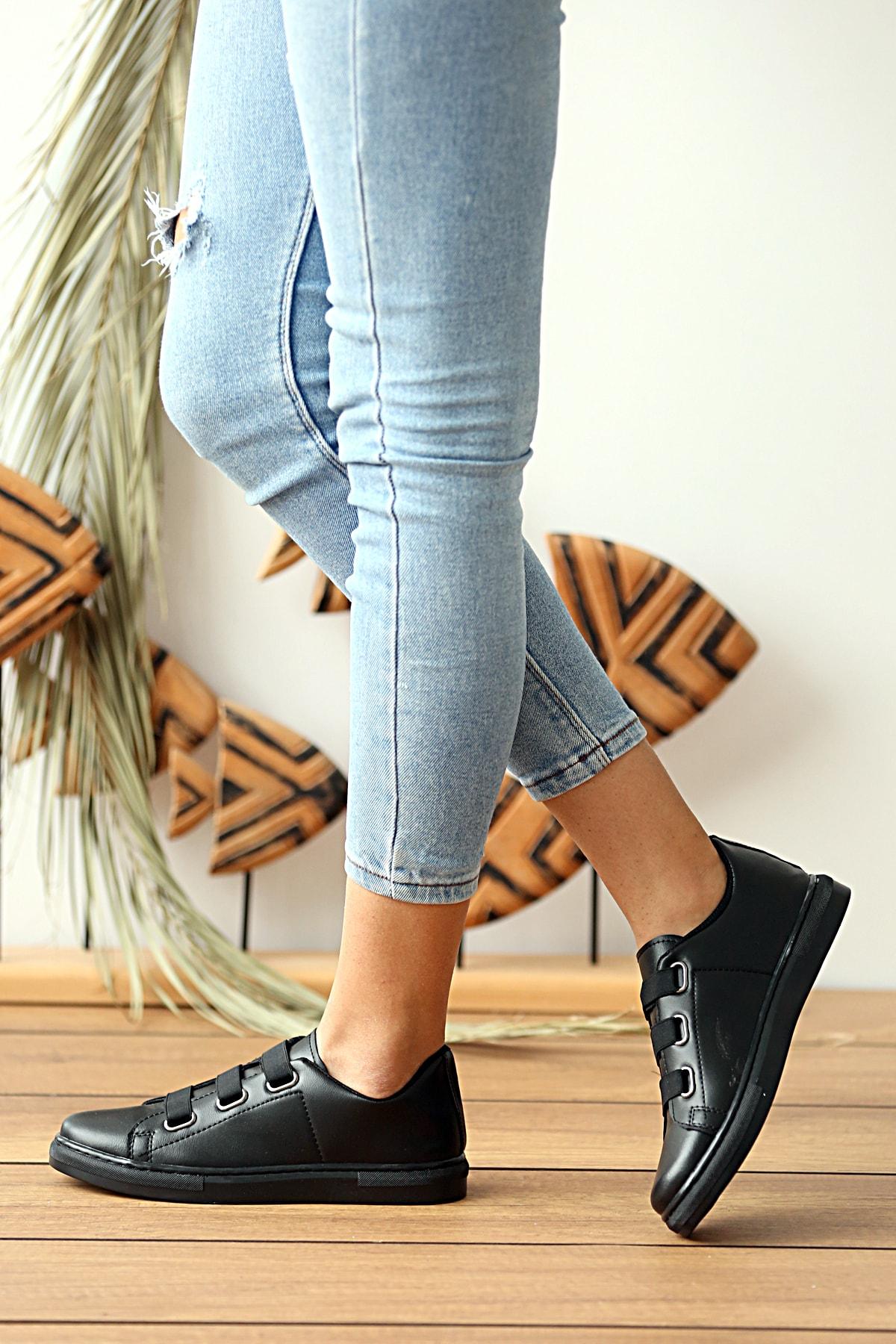 Pembe Potin Kadın Siyah Sneaker 1