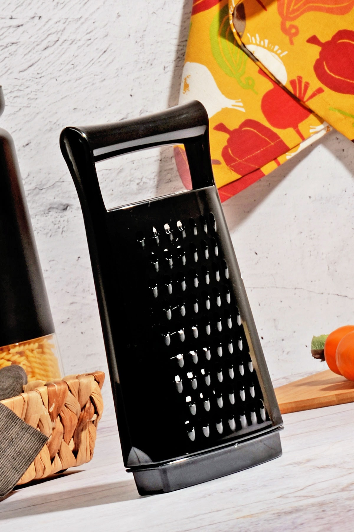 Kitchen Life Black Serisi Akrilik Hazneli Lüx Rende 1
