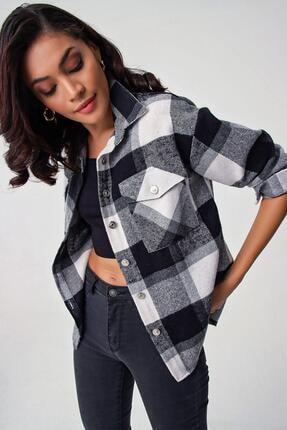 Y-London Kadın Siyah Ekoseli Cepli Oduncu Gömlek