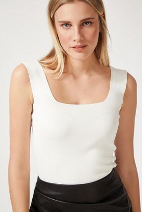 Happiness İst. Kadın Beyaz Kare Yaka Triko Crop Bluz US00358