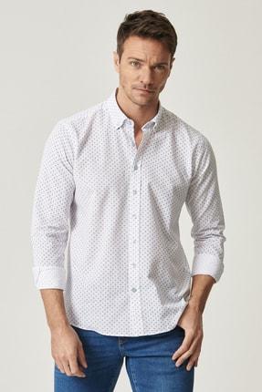 ALTINYILDIZ CLASSICS Erkek Beyaz-Lacivert Baskılı Düğmeli Yaka Tailored Slim Fit Gömlek
