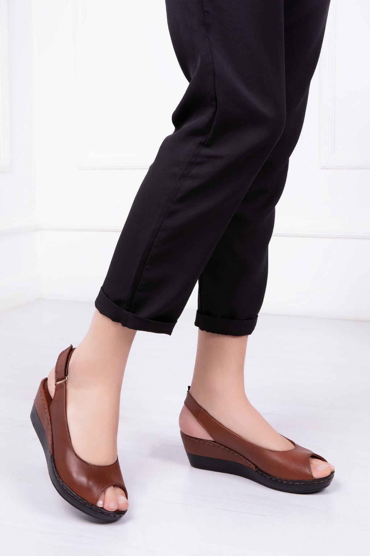 Deripabuc Hakiki Deri Taba Kadın Dolgu Topuklu Deri Sandalet CRZ-0402 1