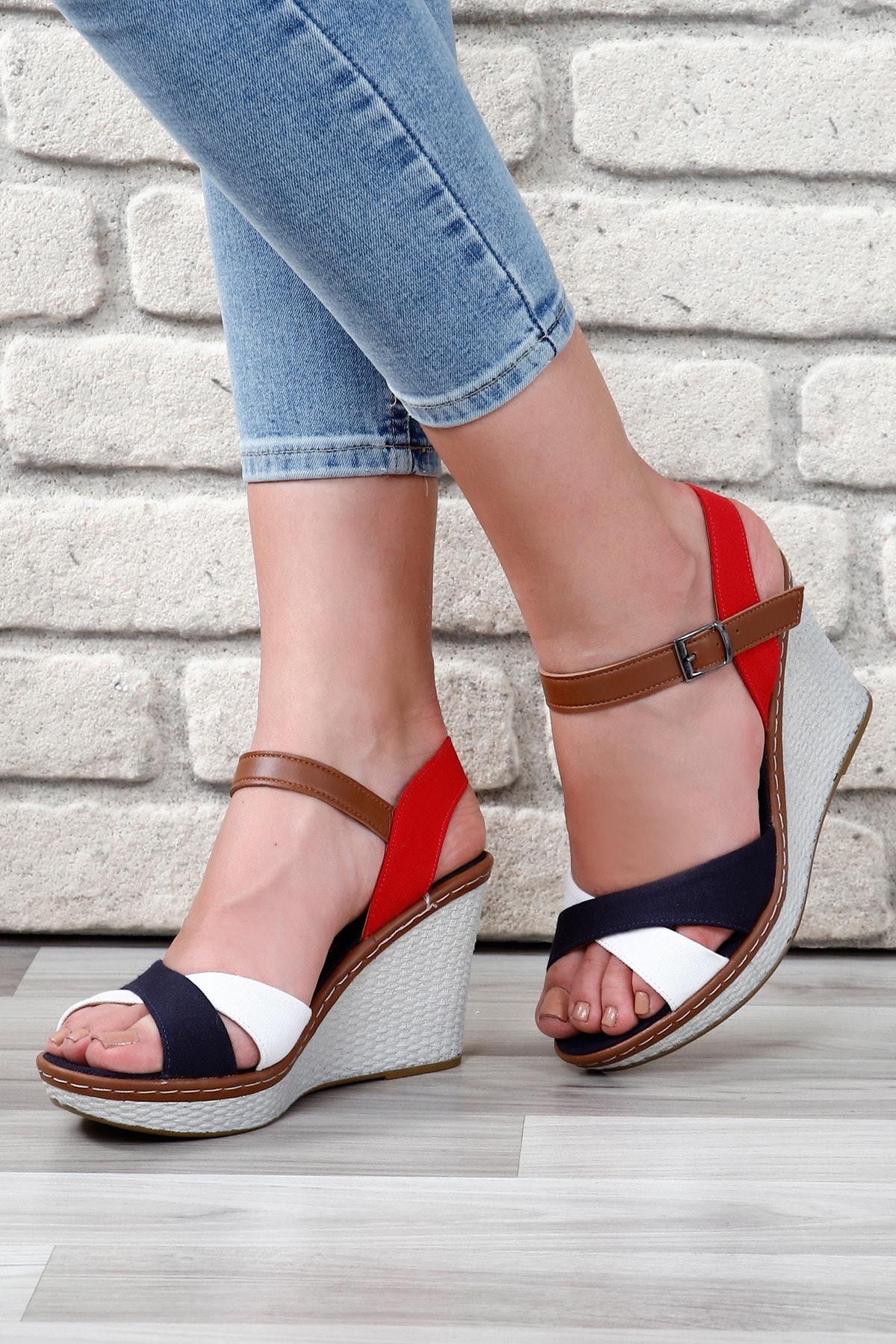 GÖNDERİ(R) Beyaza Lacivert Kadın Sandalet 37701 1