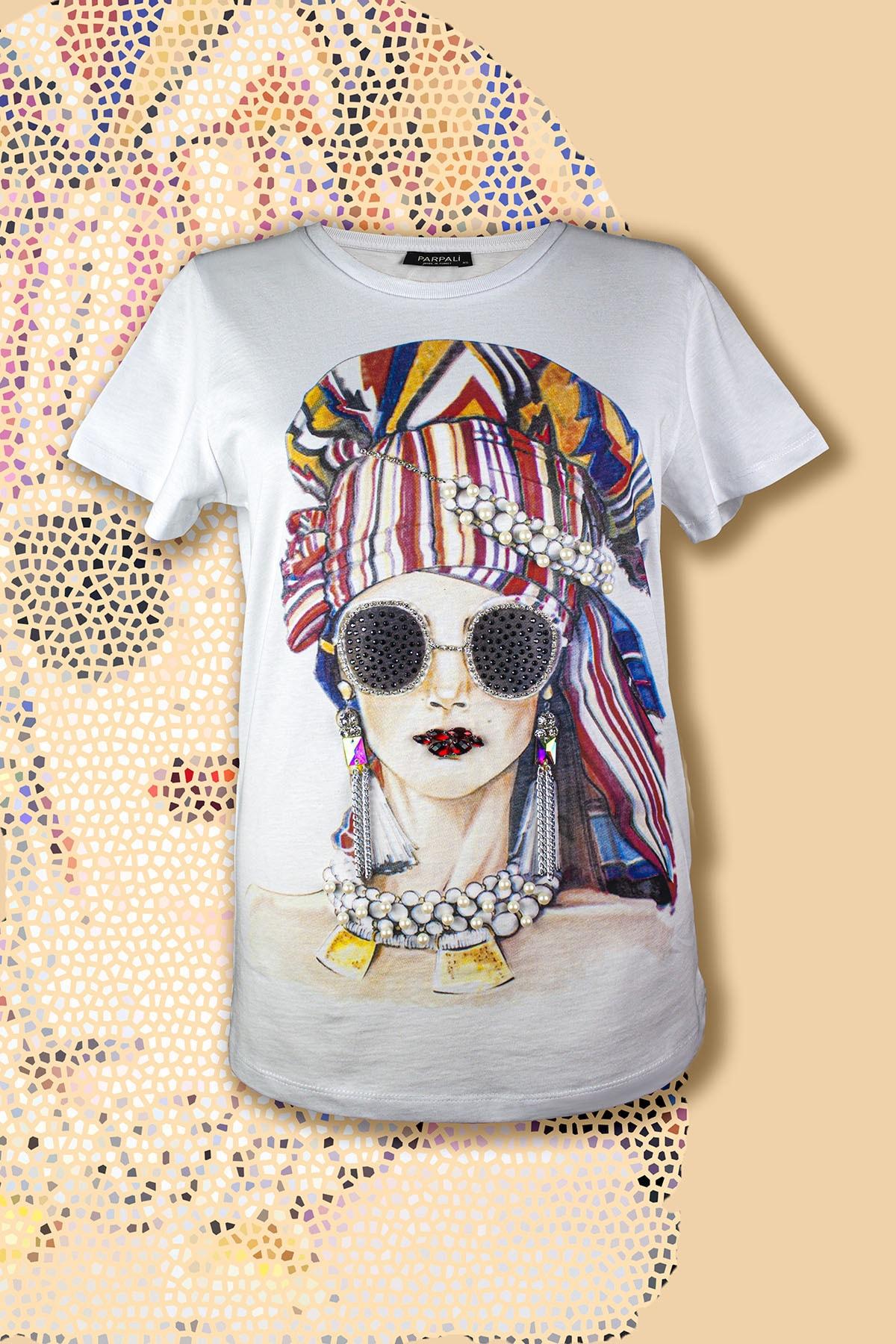 PARPALİ Kadın Beyaz Taşlı Baskılı Ince Detaylı Zincir Ve Taş Işlemeli Pamuklu Frida T-shirt 1