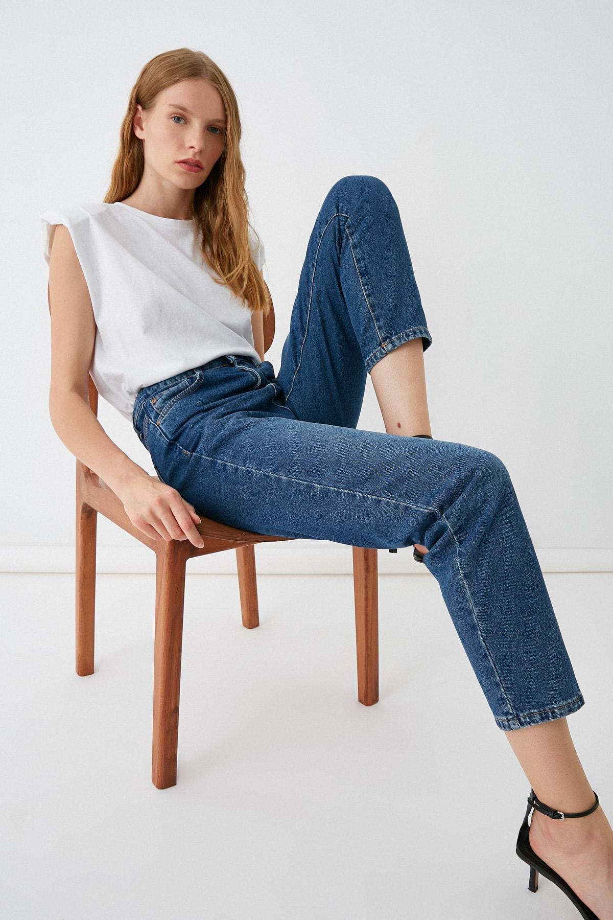 Koton Kadın Yüksek Bel Mom Jeans 2