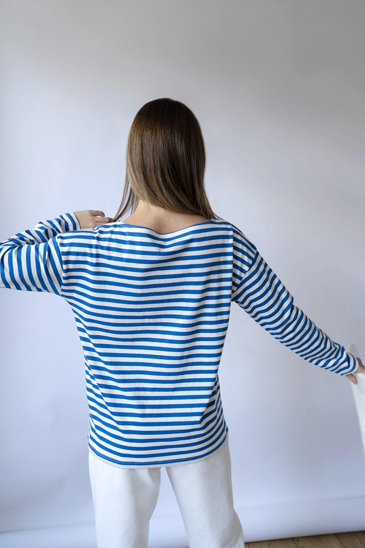 BeCasual Kadın Lacivert Çizgili Uzun Kollu Kayık Yaka T-shirt 2
