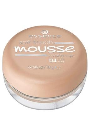 Essence Soft Touch Mousse Köpük Fondöten 04