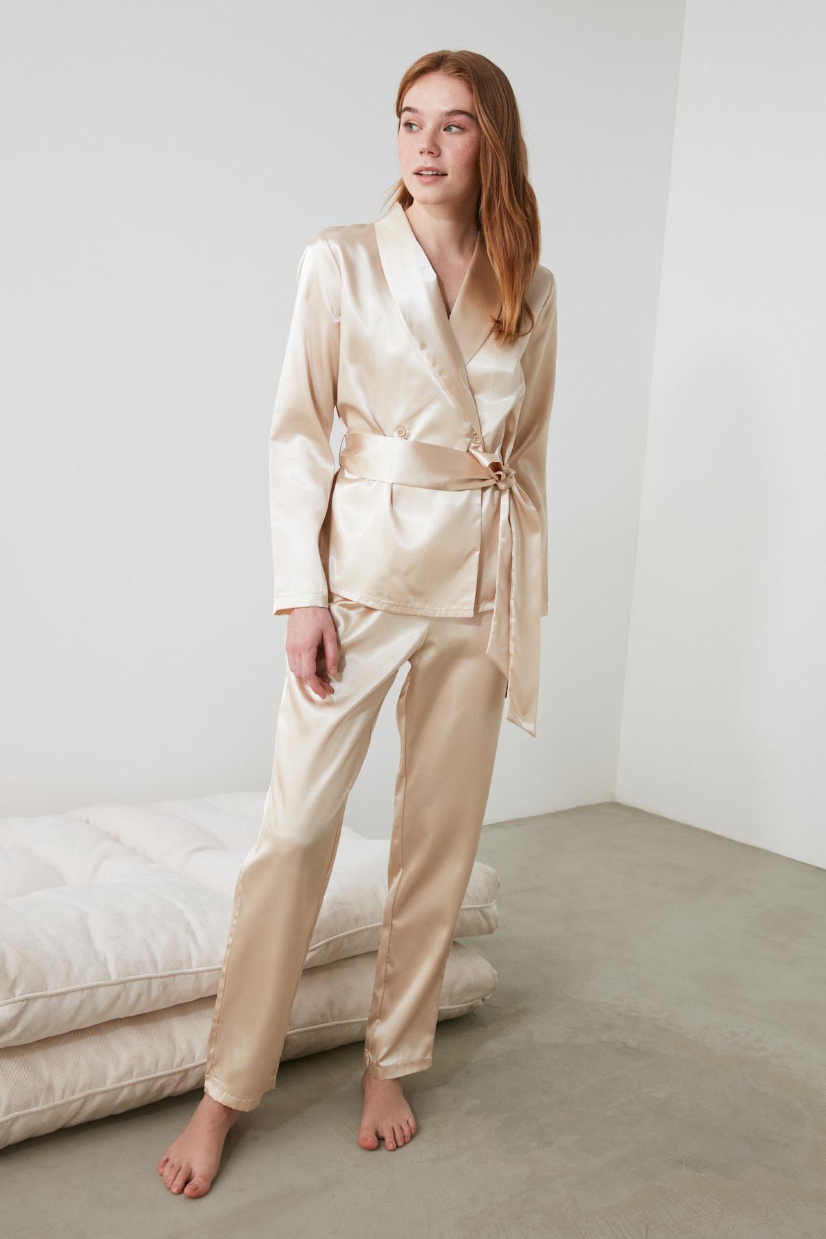 TRENDYOLMİLLA Ekru Bağlama Detaylı Saten  Pijama Takımı THMAW21PT0343 2