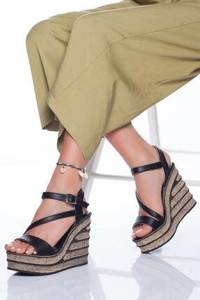 derithy Kadın Siyah Dolgu Topuklu Ayakkabı