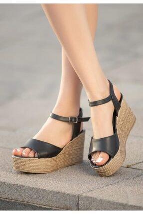 ESPARDİLE Kadın Siyah Cilt Dolgu Topuklu Sandalet