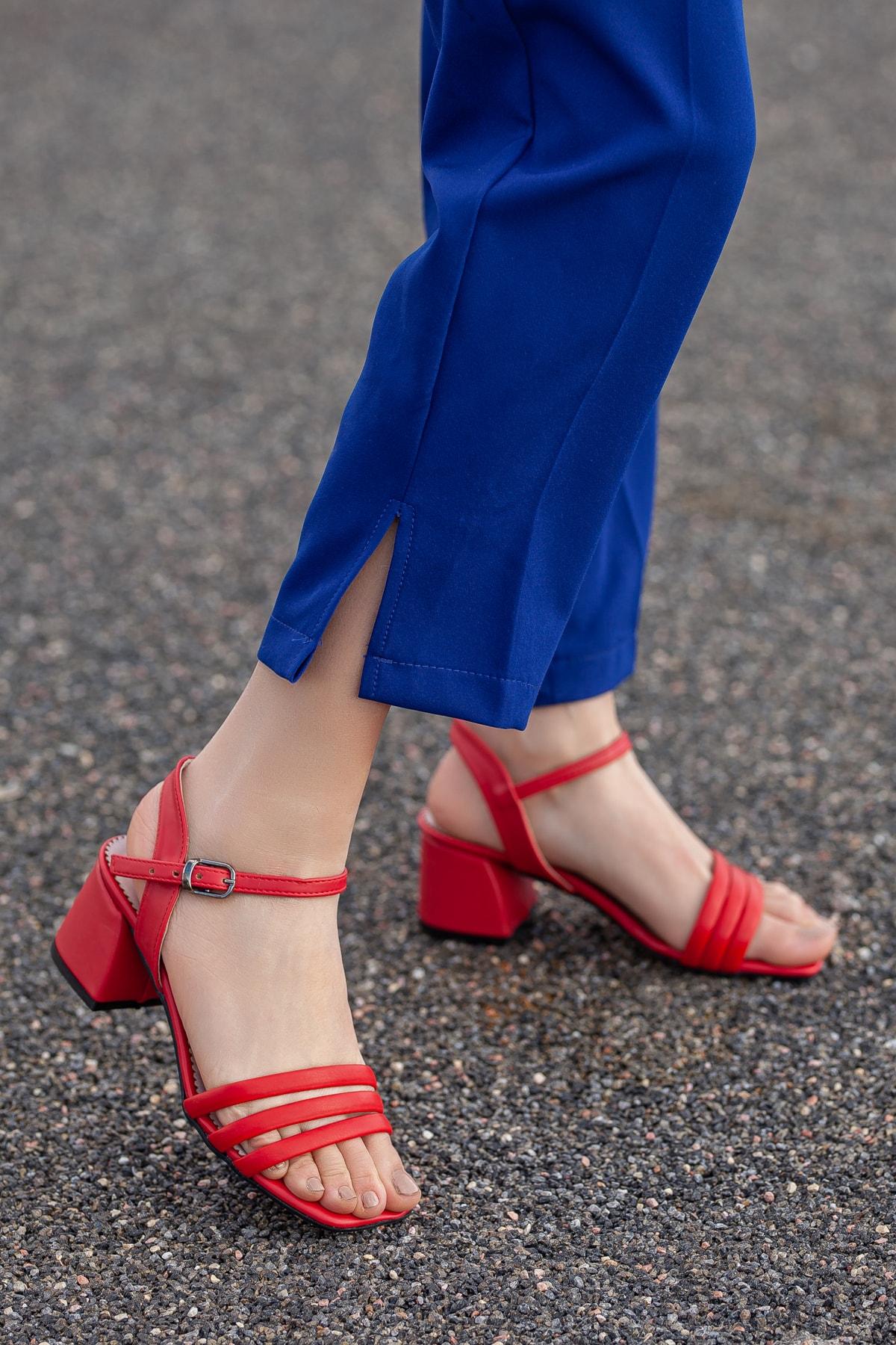 Daxtors Kadın Kırmızı Klasik Topuklu Ayakkabı D2180 1