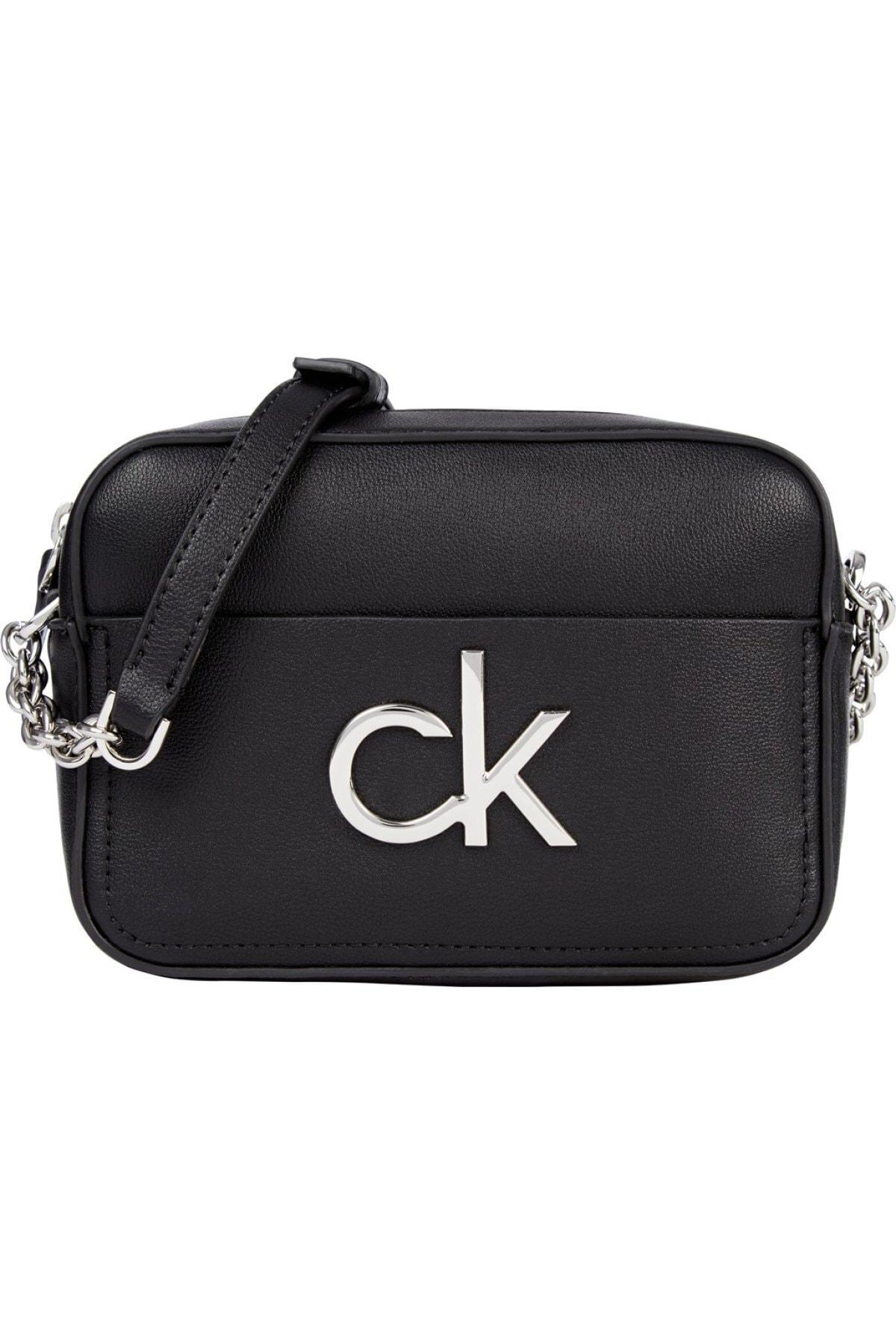 Calvin Klein Kadın Siyah Re-lock Camera Bag Omuz Çantası 1