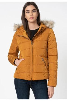 Vero Moda Kadın Kahverengi Regular Fit Kapüşonlu Şişme Mont 10235389