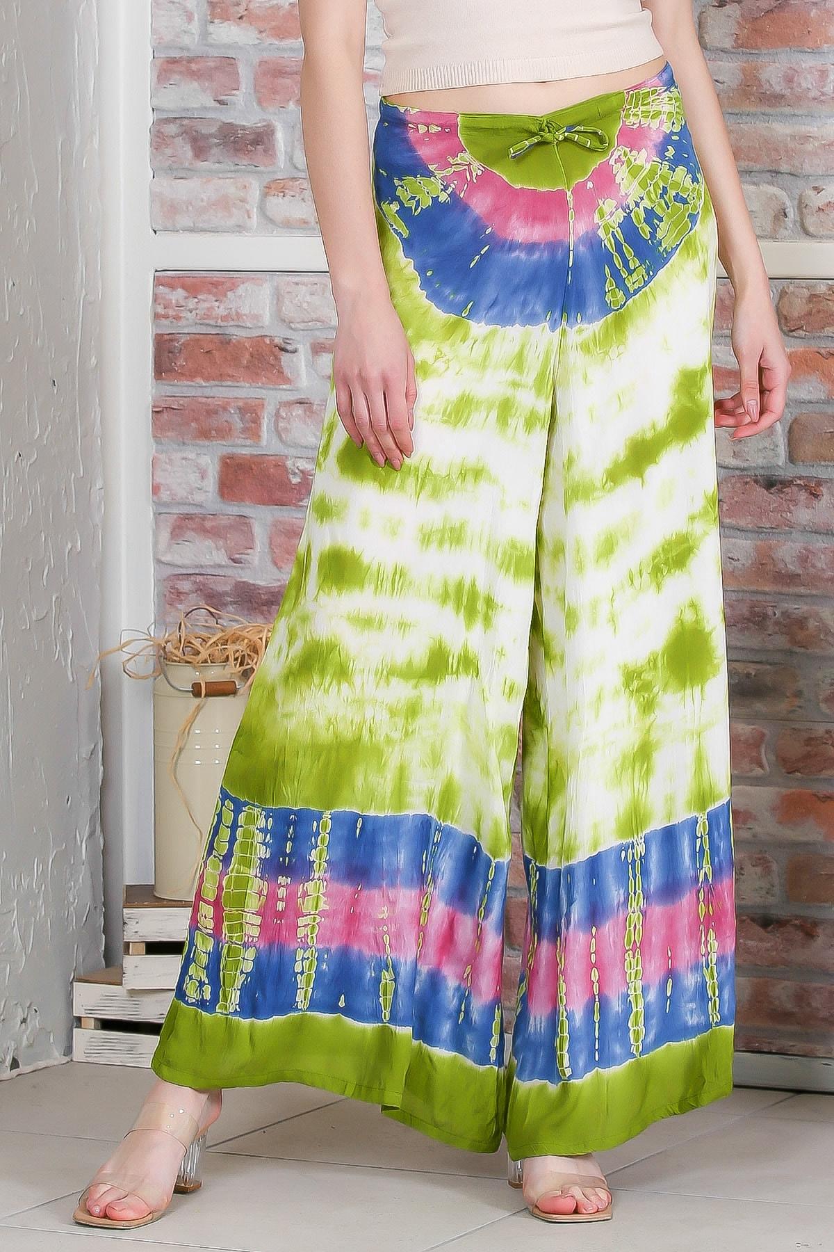 Chiccy Kadın Yeşil Batik Desenli Bol Paçalı Dokuma Pantolon M10060000PN98899