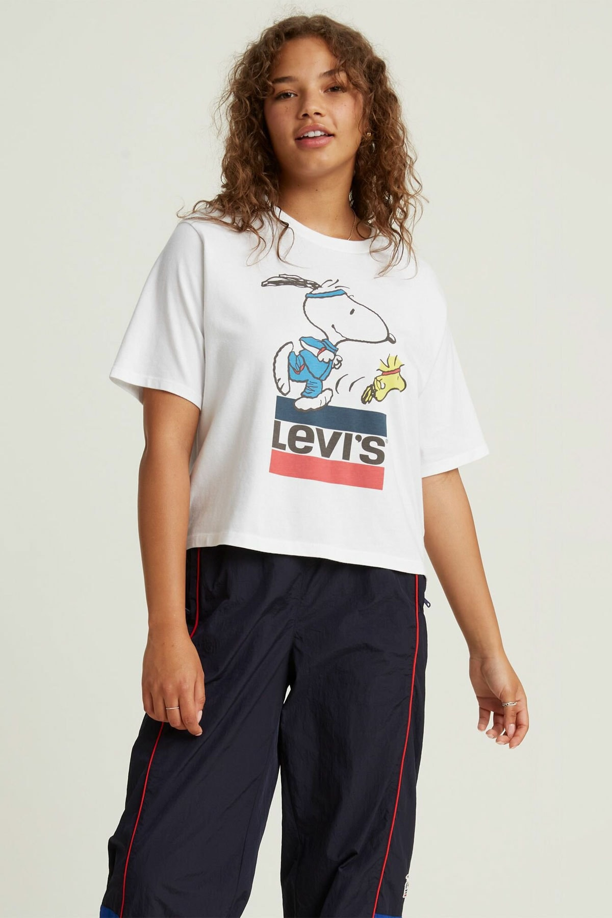 Levi's Graphıc Boxy Tee Snoopy Torch Runner Wh 1
