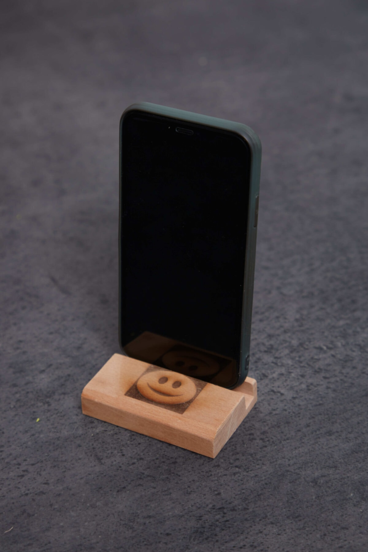 Artahşap Ahşap Masaüstü Telefon Tablet Tutucu 1