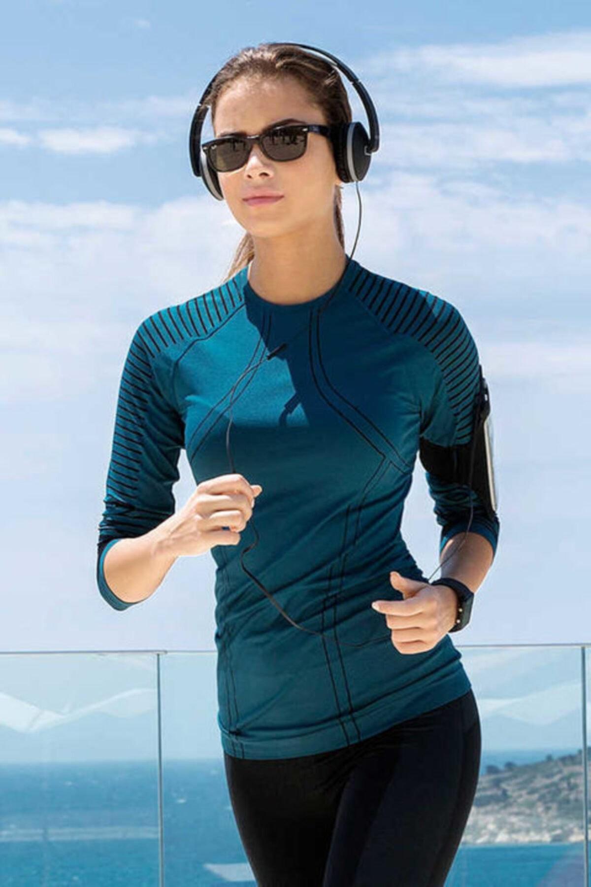 Yeni İnci Kadın Petrol Uzun Kollu Çizgi Detaylı Sporcu T-shirt 1