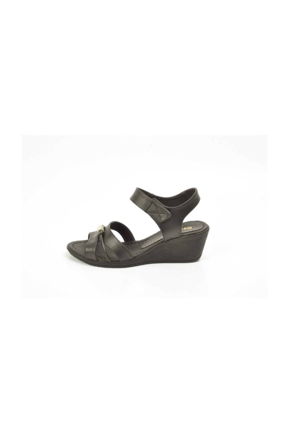 Ayakkabin11 Kadın   Dolgu Topuk Sandalet 2