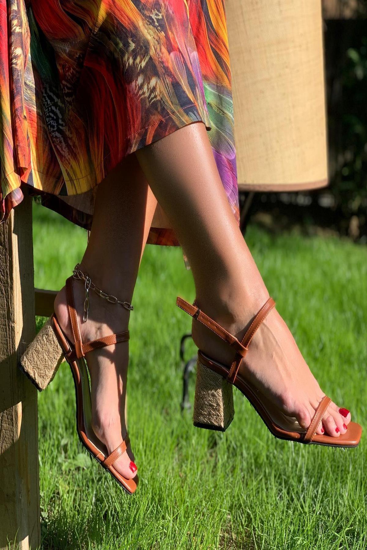 İnan Ayakkabı Taba Cilt Kadın Klasik Topuklu Ayakkabı INA1435