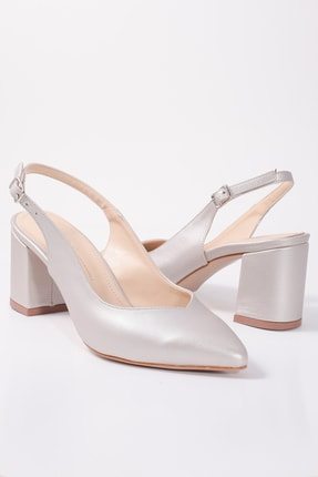 Kuzucuoğlu Ayakkabı Kadın Arkası Açık Platin Klasik Topuklu Ayakkabı