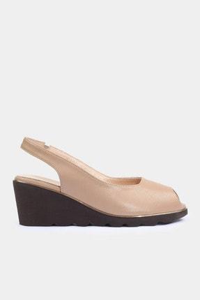 Hotiç Hakiki Deri Naturel Kadın Topuklu Sandalet