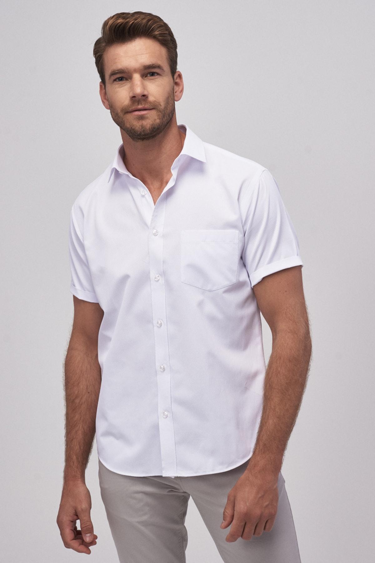 ALTINYILDIZ CLASSICS Erkek Beyaz Regular Fit Kısa Kollu Gömlek 1
