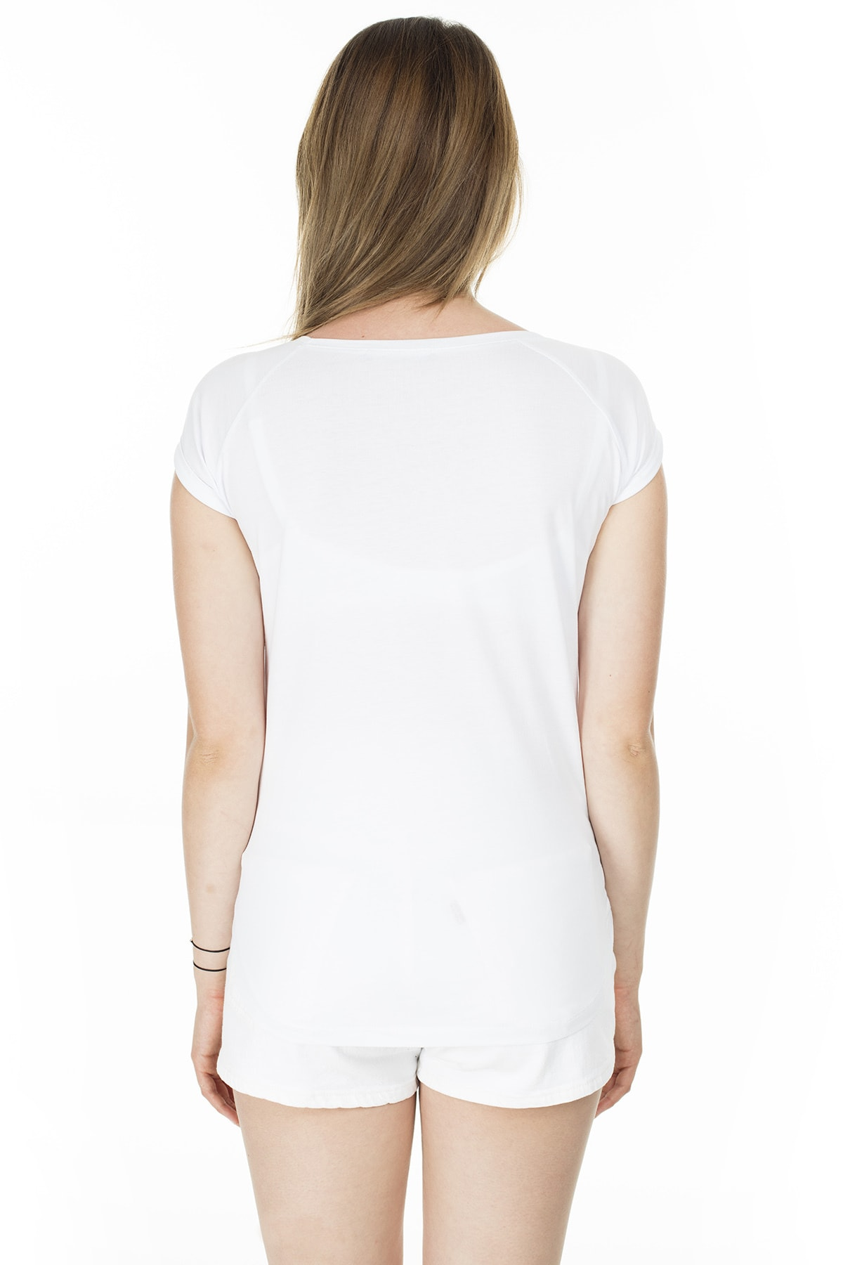 Lela Yazı Detaylı Havuz Yaka T Shirt KADIN T SHİRT 5411011 2