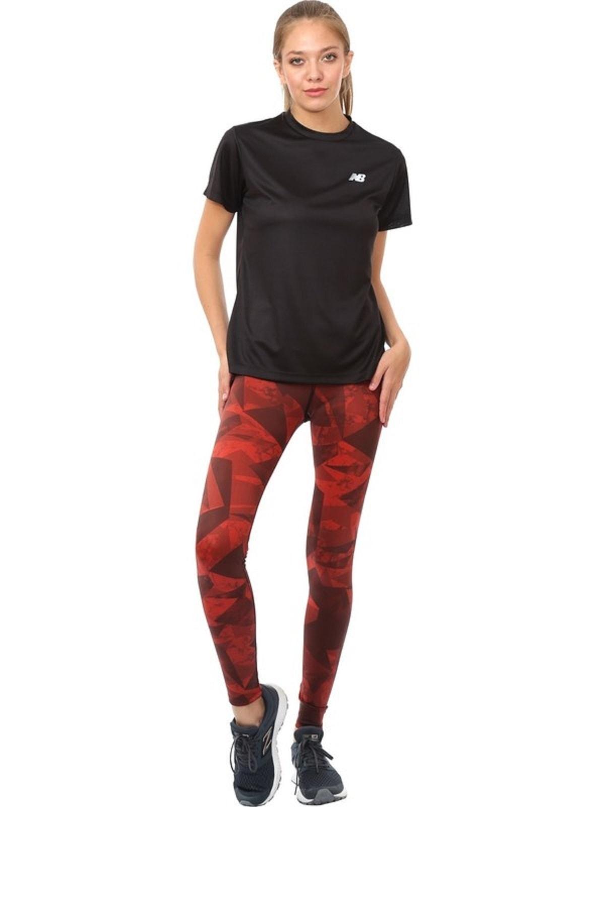 New Balance Kadın Spor T-Shirt - NB VOM TEE - NBTM009-BK 1