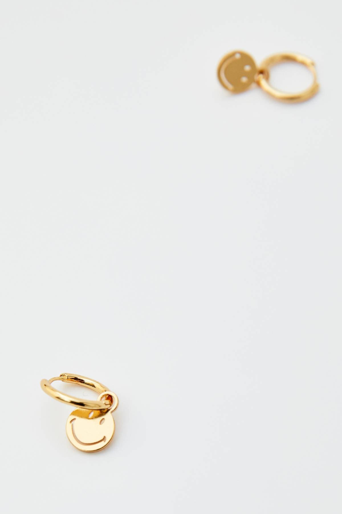Pull & Bear Kadın Altın Rengi Altın Kaplama Smiley Küpe 05992316 2