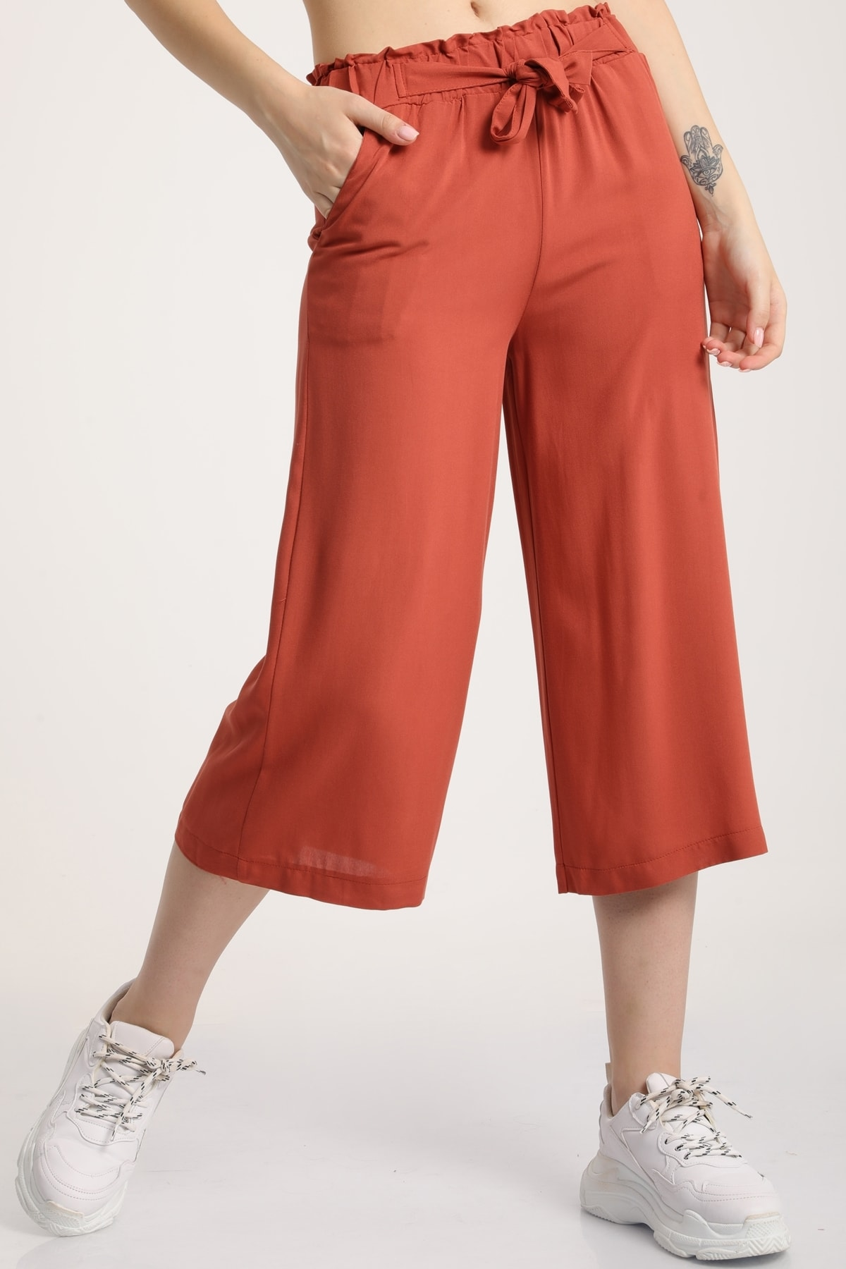MD trend Kadın Taba Bel Lastikli Bağlamalı Kısa Pantolon Mdt5979 1