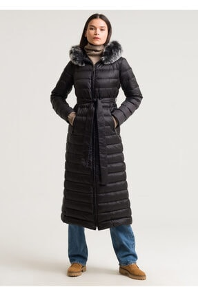 ARMAĞAN GİYİM Kadın Kapşonlu Uzun Kaz Tüylü Şişme Mont