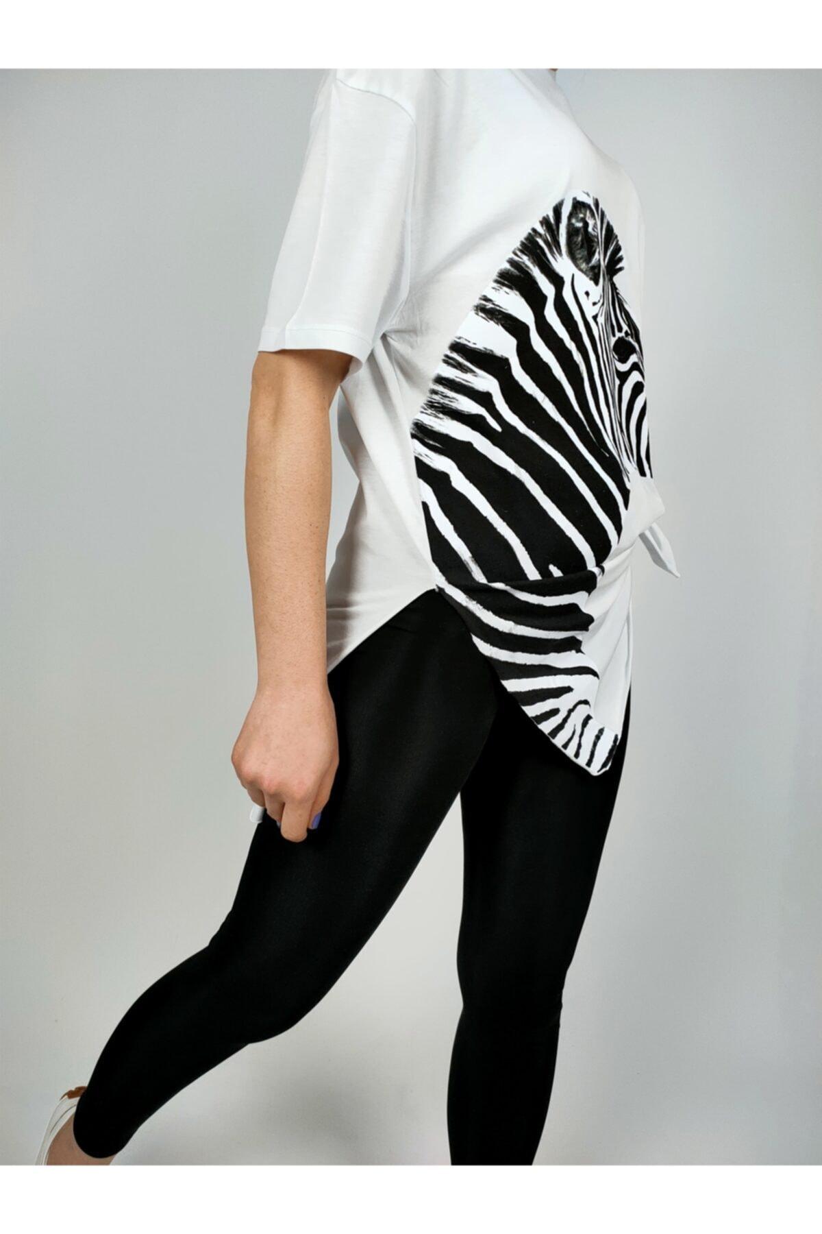 Ankamo Kadın Beyaz Zebra Baskılı Pamuklu T-shirt 1