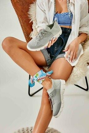 Bambi Gri Kadın Sneaker K01816027182