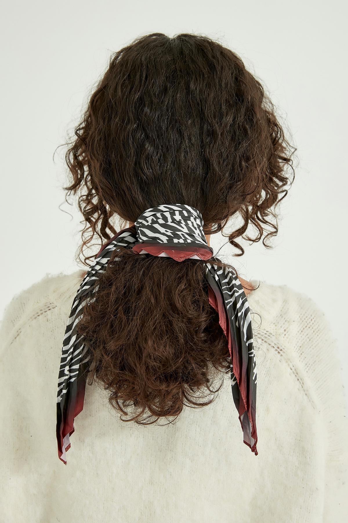 Y-London 13441-1 Zebra Desenli Pliseli Fular 2