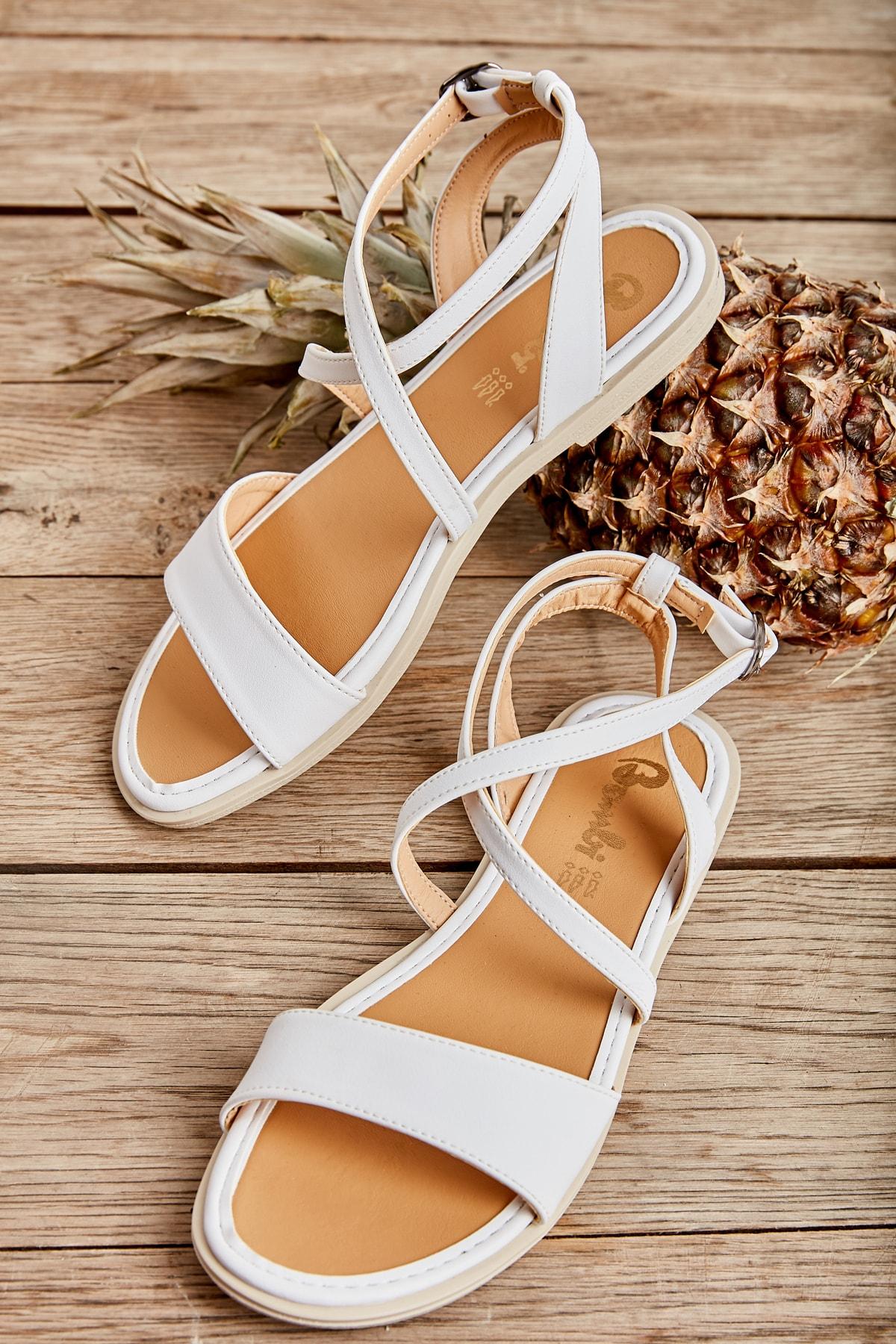 Bambi Beyaz Kadın Sandalet L0652071109 1