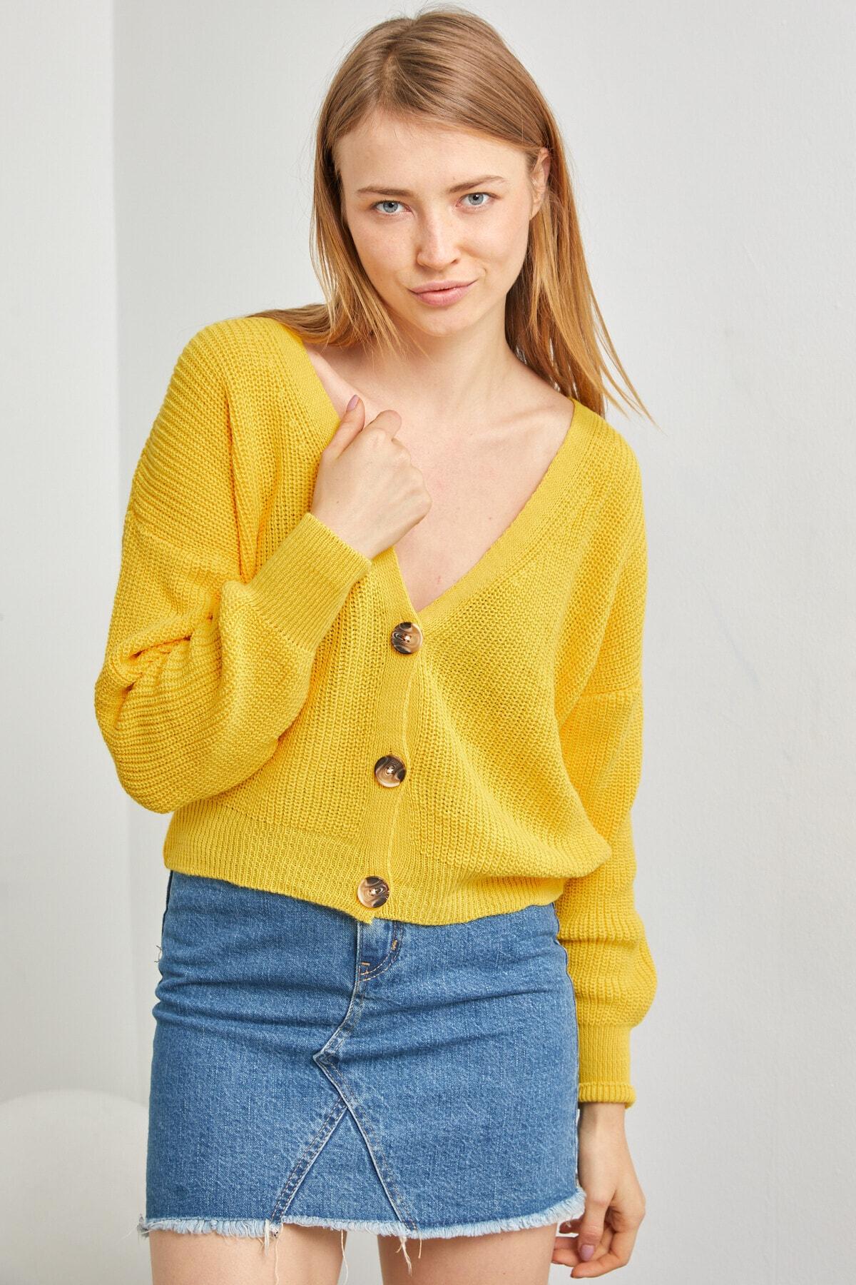 LE CARAMBOLE Kadın Sarı V Yaka Önü Düğmeli Triko Hırka 1