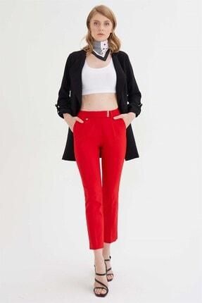 Chima Kadın Kırmızı Kemer Ucu Tokalı Pantolon