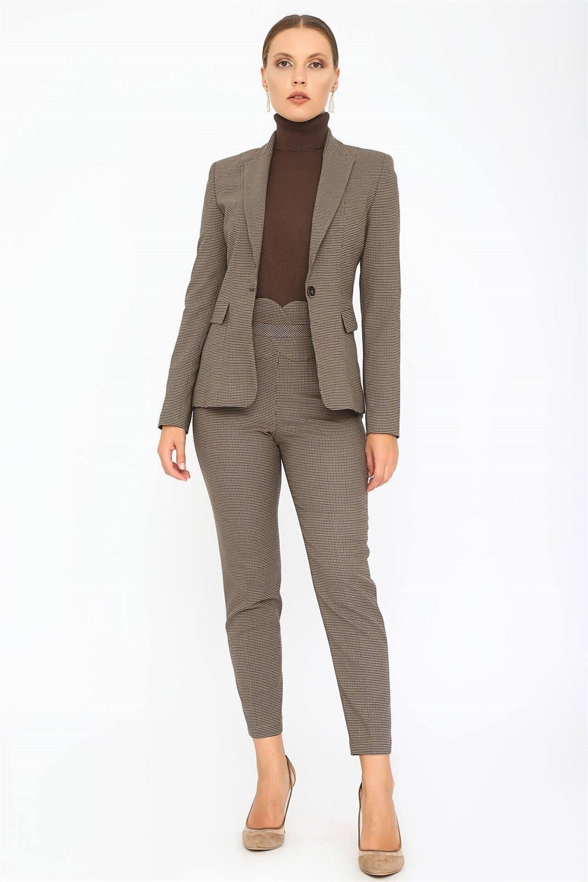 Chima Kadın Vizon Kemeri Detaylı Pantolon K20PA047 1