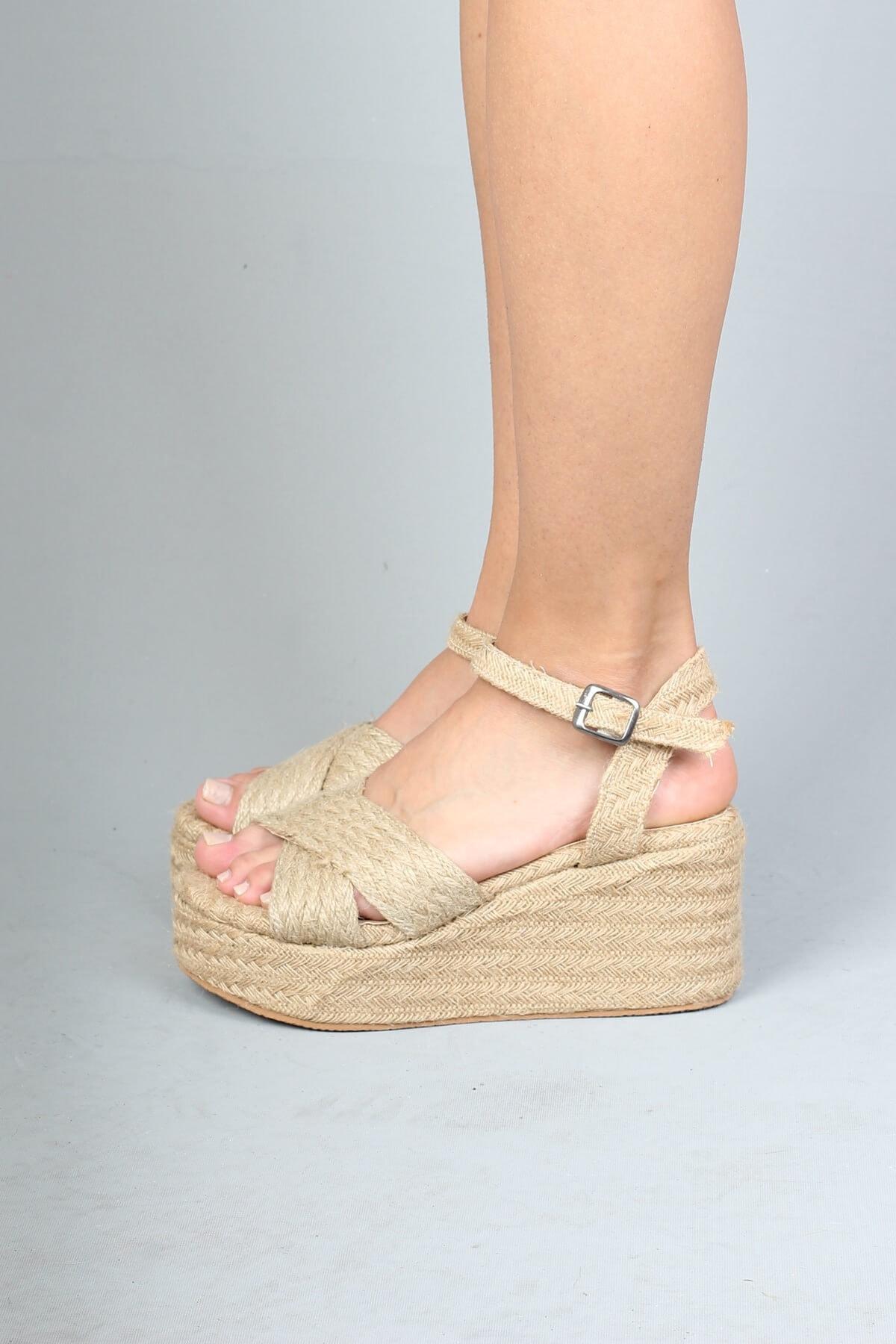 Modabuymus Hasır Dolgu Tabanlı Çapraz Bantlı Espadril Kadın Sandalet - Yummy 1