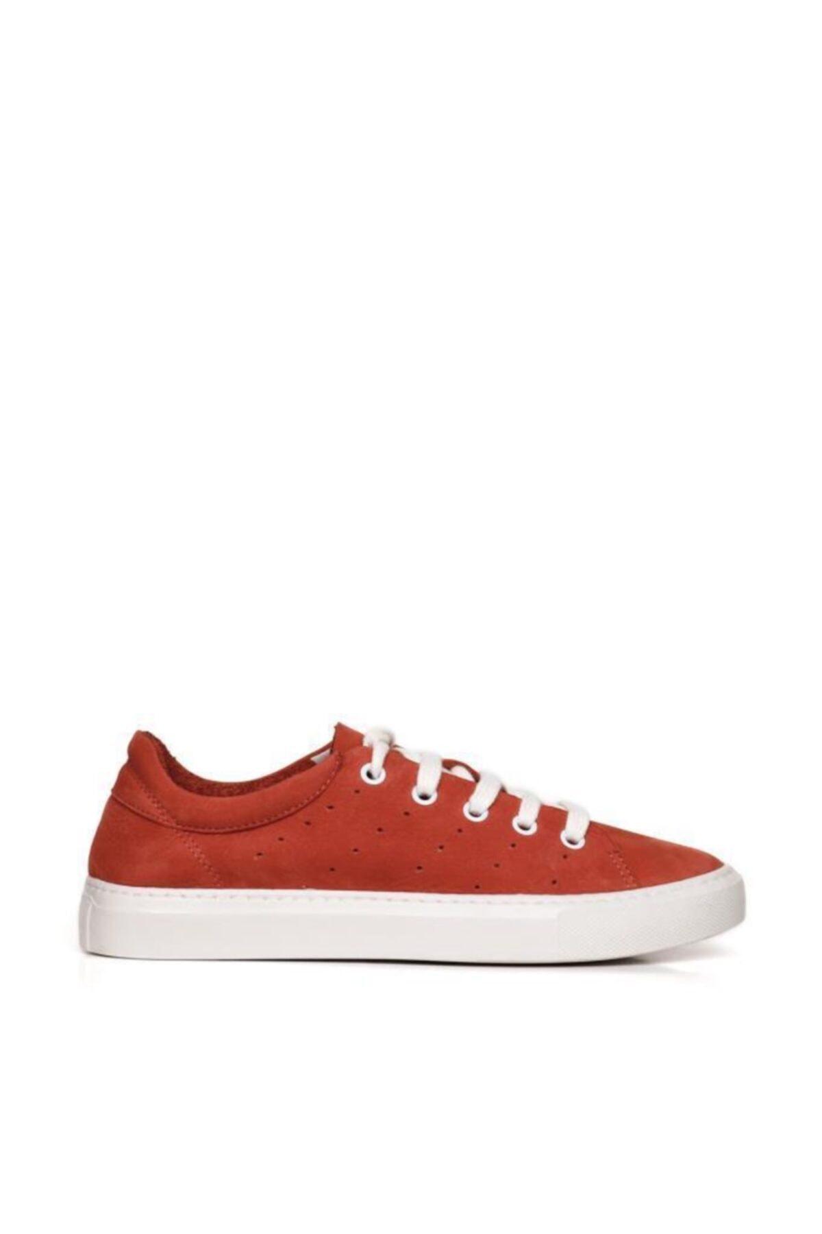 BUENO Shoes Hakiki Deri Yanları Nokta Detaylı Bağcıklı Kadın Spor Ayakkabı 20wq4700 2