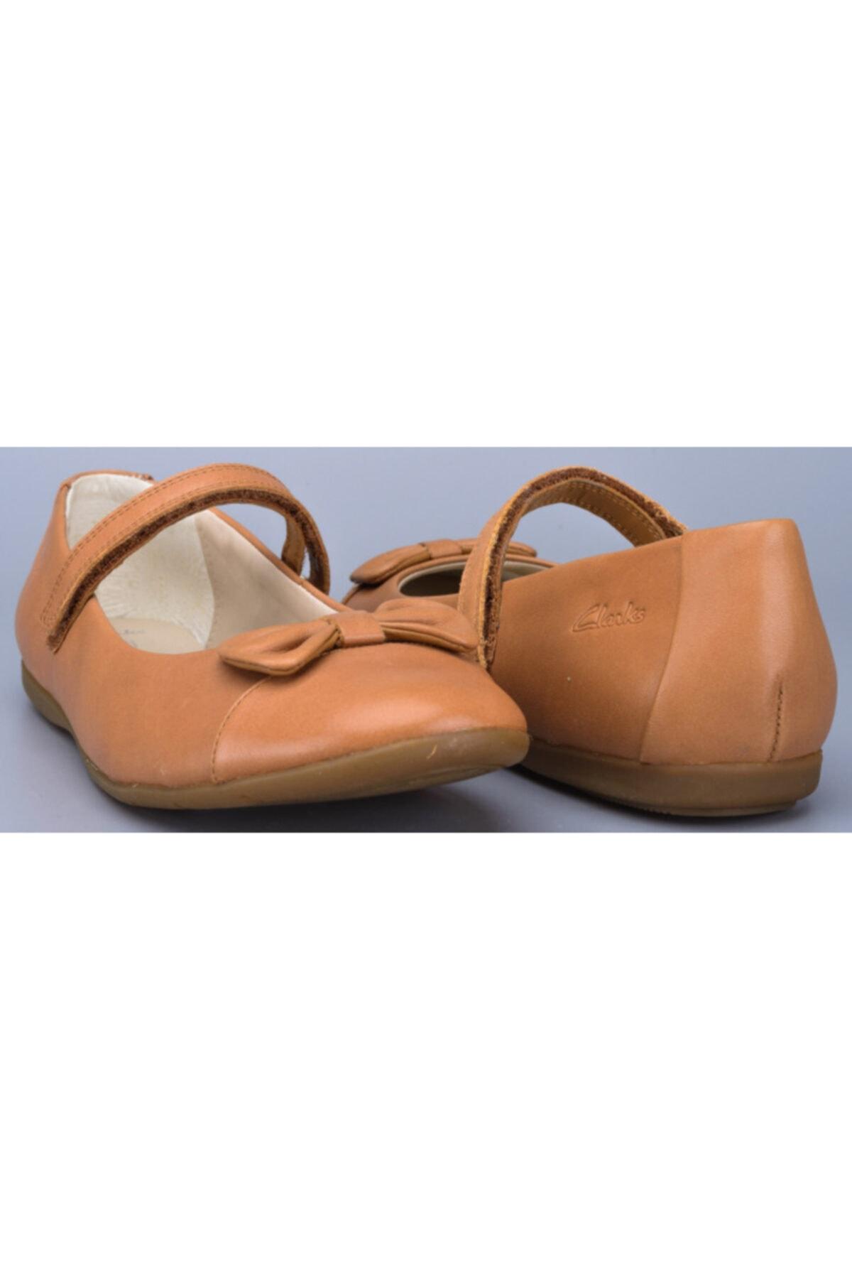 CLARKS Kız 7 Yaş Üstü Babet Ayakkabı Şık Ve Rahat 1