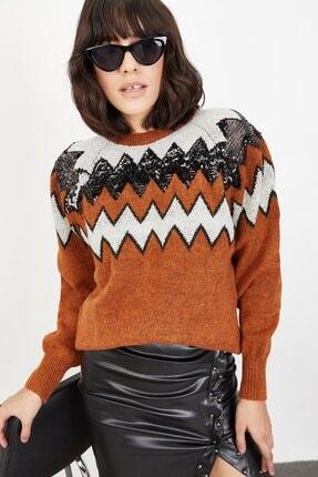 Lafaba Kadın Kahverengi Pullu Zigzag Desenli Triko Kazak